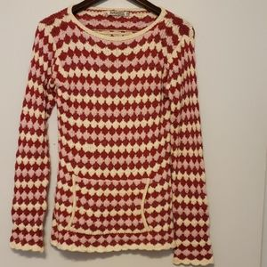 Indigenous one weave pullover sweater.